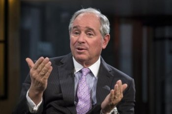 Stephen A. Schwarzman, Chairman and ceo for the Blackstone Group, in nyc February 27, 2014. REUTERS/Brendan McDermid