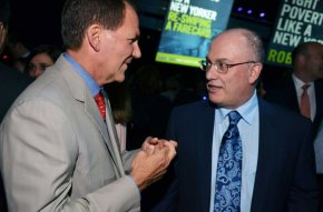 Steve Cohen, appropriate, with Paul Tudor Jones in-may 2013. Photo: Amanda Gordon / Bloomberg / © 2013 Bloomberg Finance LP